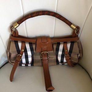 Vintage Burberry shoulder purse
